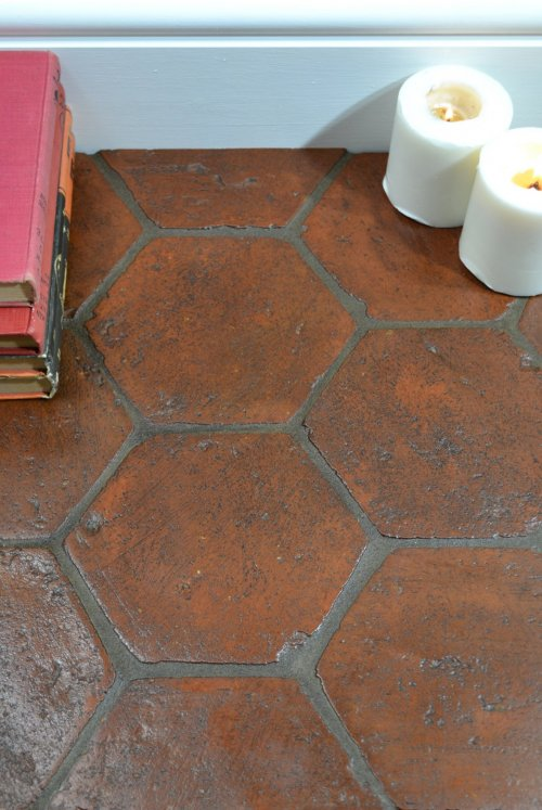 Cihlová dlažba z terakoty, půdovka - Šestiúhelníková, barva červená